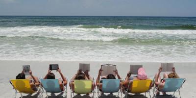 vakantie-lezen-aan-zee