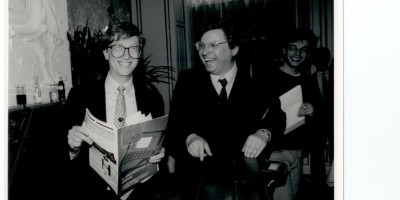 """""""When we where young"""" : Bill Gates en de blogger bij zijn bezoek in 1990 aan NL"""