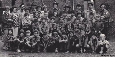 Wilfred Rubens is de tweede persoon links op de bovenste rij